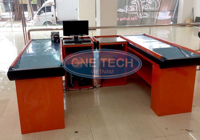 bàn quầy siêu thị OneTech