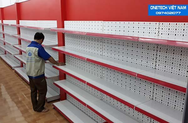 Kệ đơn siêu thị áp tường