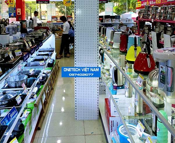 Kệ kính bày hàng siêu thị điện máy