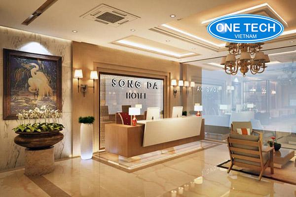 Mẫu bàn lễ tân khách sạn đẹp