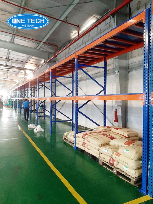 Kệ kho hàng công nghiệp TPHCM