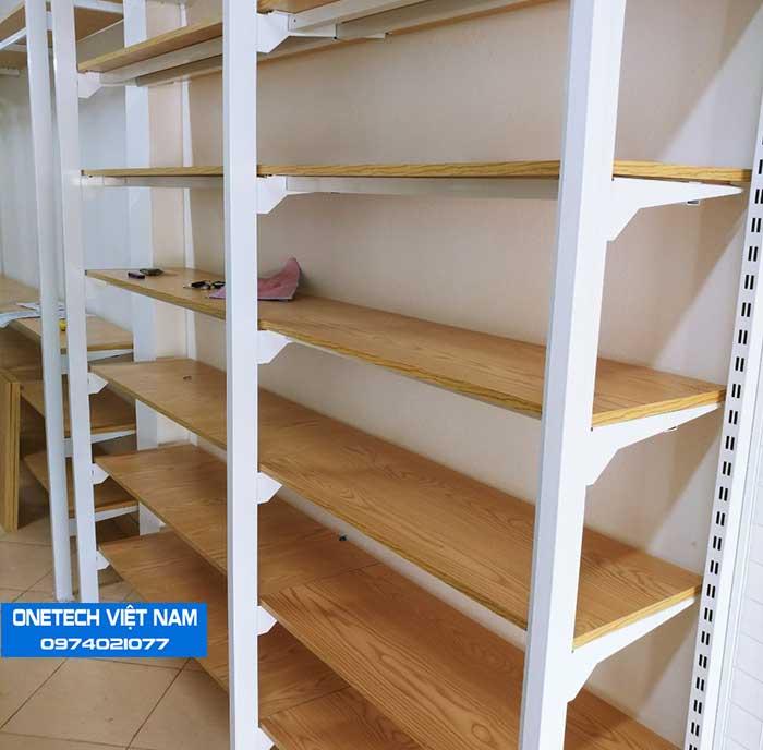 Kệ gỗ bán hàng siêu thị