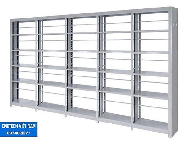 Giá sắt đựng tài liệu được thiết kế nhiều ngăn để tối ưu không gian lưu trữ