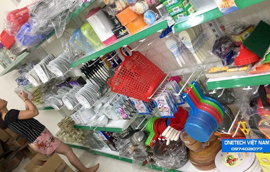 Khung lưới treo hàng siêu thị , cửa hàng tạp hóa