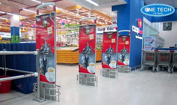 Onetech triển khai lắp đặt cổng từ chống trộm tại các siêu thị lớn