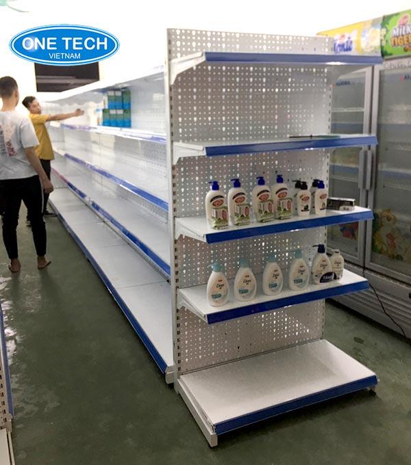 Mẫu kệ siêu thị dùng để trưng bày hàng mẫu