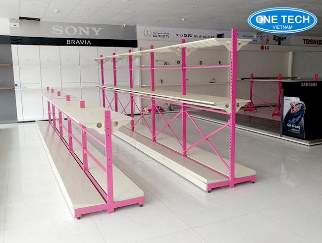 Giá kệ trưng bày điện máy Onetech