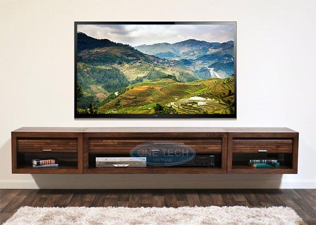Kệ tivi treo tường bằng gỗ tự nhiên