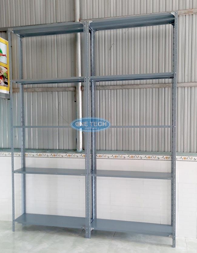 Mẫu kệ v lỗ 5 tầng do onetech sản xuất và lắp đặt