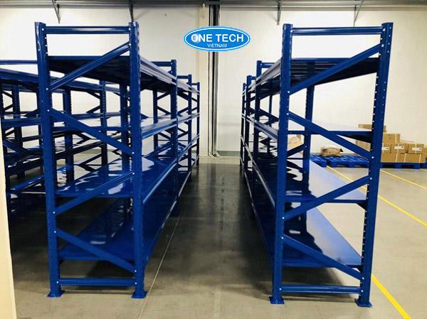 Onetech đơn vị sản xuất và lắp đặt giá kệ hạng trung tải số 1 Việt Nam