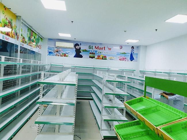 Onetech lắp đặt kệ siêu thị GL Mart