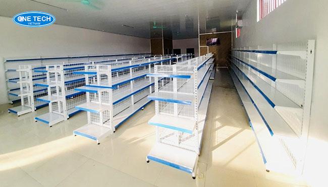 Onetech là đặt kệ siêu thị tại Hà Nam